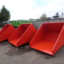 Tipping containers